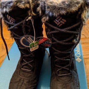 Lady's NEW Columbia snow boot